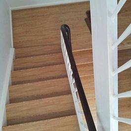 Treppe mit Laminat überzogen