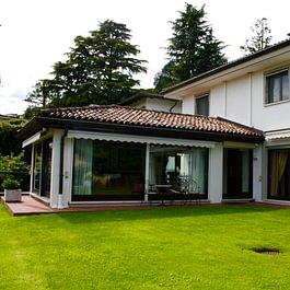 LUGANO PORZA Grande villa 7.5 locali di 420 mq Fr. 5'200'000.—(Rif. 1457).  – Lugano – Tel.: 091 921 42 58 – www.mgimmobiliare.ch