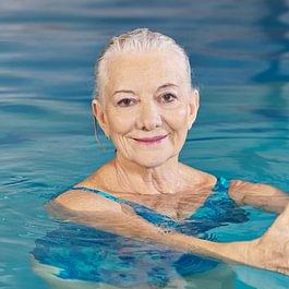 L'idrokinesiterapia è una metodica di riabilitazione motoria che prevede l'immersione del corpo in acqua.