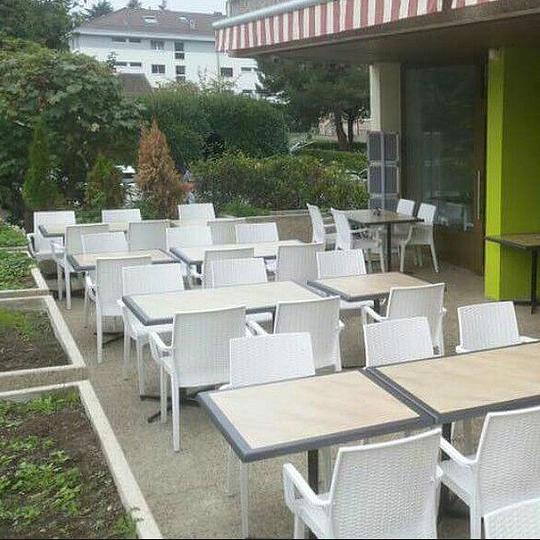leo caffe terrasse