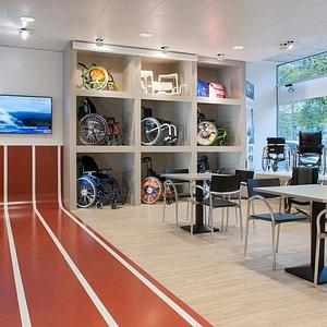Rollstühle und Rehatechnik ORTHO-TEAM Bern