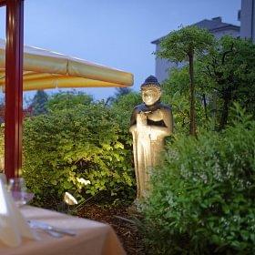 """La Coupole Restaurant Thaïlandais """"Terrasse extérieur"""""""
