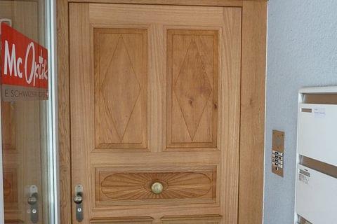 Haus- und Zimmertüren