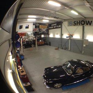 Garage R slide automobile