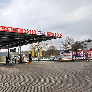 Badertscher - Freie Tankstelle, 8451 Kleinandelfingen
