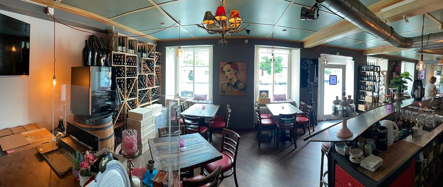 Ocean Drive Bar Lounge