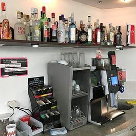 Tuna's Food Corner - Alkoholische Getränke / Kaffee