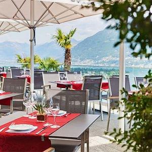 Restaurantterrasse mit Aussicht - Ascona - Locarno - Tessin