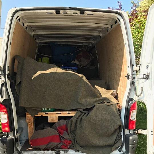 Noleggio furgone con autista/traslocatore (per piccoli trasporti/traslochi)