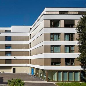 Referenz: Zentrumsgebäude Siloah AG mit Therapiezentren und Bettenstation in Gümligen