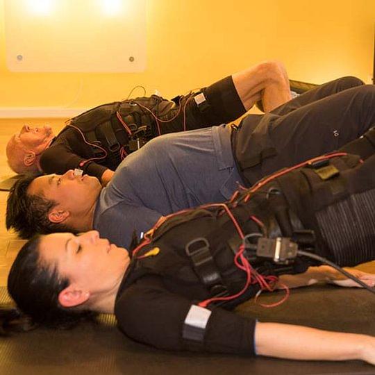 EMS Bauchmuskeltraining