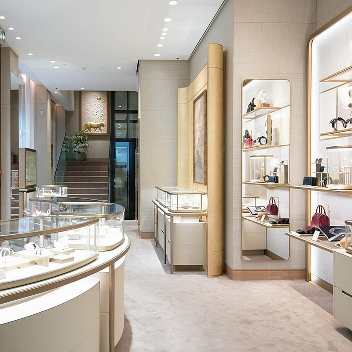 CARTIER BOUTIQUE