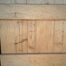 Aufgeschnittenes Holz