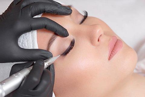 Permanent Make-Up, Brauen oder Lidstrich von Profis! Wir Beraten Sie Kostenlos !