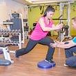 In unserem medizinischen Trainingszentrum bieten wir neben Physiotherapie auch Massage, Pilates, Personal Training , Fitness und Gruppentrainings an.  Bei uns werden sie sich wohl fühlen!