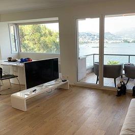 PARADISO Lussuoso e luminoso appartamento di 3.5 locali, recentemente ristrutturato, con super vista lago a 180° CHF 995'000.-
