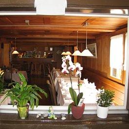 Blick in das rustikale Restaurant