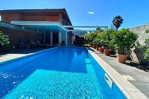 MAGLIASO - vendesi esclusiva villa con piscina e vista lago
