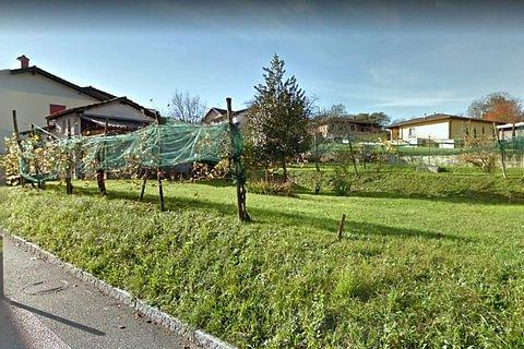 NOVAZZANO - vendesi terreno edificabile di 800 mq
