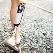 Oberschenkelprothese ohne kosmetische Verkleidung