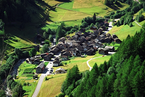 Maison villageoise à Issert