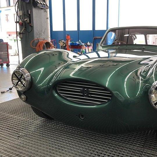 Spengler- und Malerarbeiten Aston Martin DB3 Komplett - Lackierung
