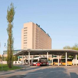 Gut erschlossen: Mit Bussen und dem Postauto gelangt man vom Bahnhof Baden und den Gemeinden in der Region rasch und beqeum ins KSB.