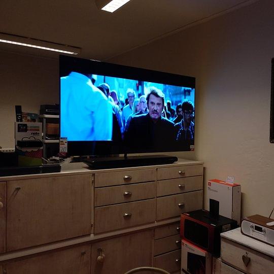 Laure TV