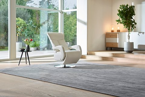 Matrix, fauteuil inclinable et pivotant en cuir