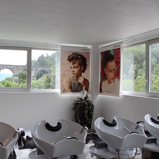 Alba Coiffure, espace shampoing