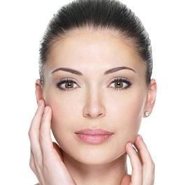 Haut ohne Flecken, grosse Poren, Warzen, Narben