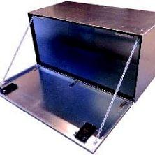 Aka/Danbox Transportkisten/Staukisten für LKW u. Transporter. Die Transportkiste kann Ihrem Wunsch entsprechend gefertigt werden. Sei es Holz Innnenverkleidung, Anz. Schubladen/Tablare, verzinkt, etc.