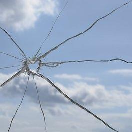 Remplacement de verre cassé, dépannage SOS 24h/24.