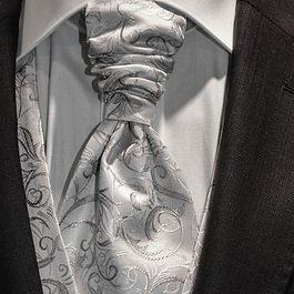 Hochzeitsanzug, Detail