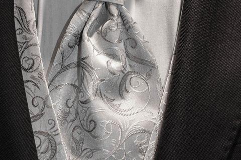 Festkleidung / Hochzeitsanzüge