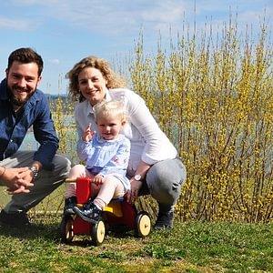 Die junge Familie Irsslinger vom Zürichsee wird stehtig grösser.