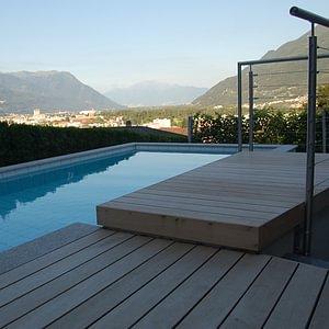 Tek, pavimenti per esterno in legno. Ticino