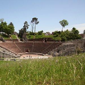 Das imposante römische Theater von Augusta Raurica.