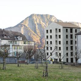 Nouvelle maison sur la place de la poste à Malans - GR