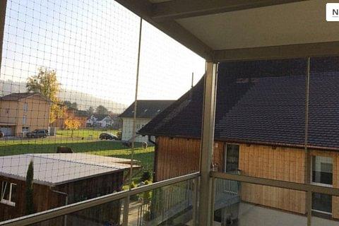Katzennetz - Schutz der Katze auf Balkon und Terrasse
