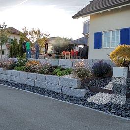 Quaderstein-Mauer aus Granit