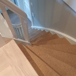 Sisalteppichboden auf Treppentritte Schuler Bodenbeläge GmbH