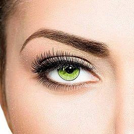 Teintures des cils et sourcils pour intensifier le regard