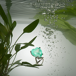 Melania Crocco : Emerald ring in satin white gold and diamonds