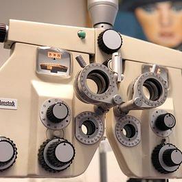 Contactologie Médicale