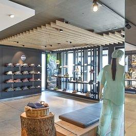 Laden Egerkingen, Streetwear Corner