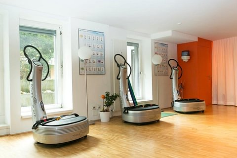 betreutes Power Plate Vibrationstraining