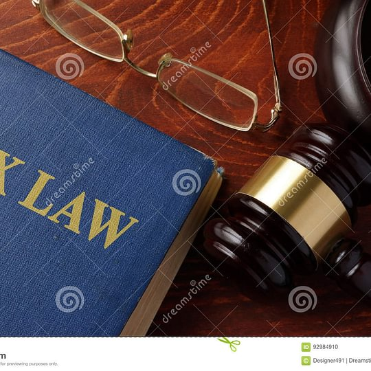 droit fiscal et forfait fiscal, impôt à la source, droit des étrangers, etc.