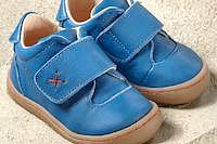 Pololo Primero Lauflernschuhe in blau, pink oder karibik