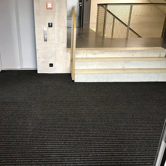 Sauberlaufzonen für Eingänge Schuler Bodenbeläge GmbH